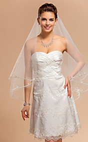 One-tier Fingertip Wedding Veil With Pencil Edge