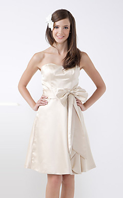 A-line Strapless Knee-Length Satin Bridesmaid/Wedding Party Dress With Bow