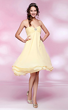 A-line Strapless Empire Knee-length Chiffon Cocktail Dress