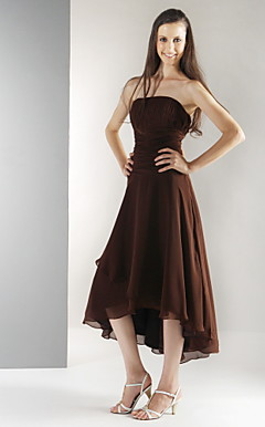 A-line Strapless Asymmetrical Chiffon Bridesmaid/Wedding Party Dress