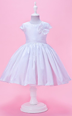 A-line Jewel Neck Knee-Length Taffeta Flower Girl Dress With Short Sleeves