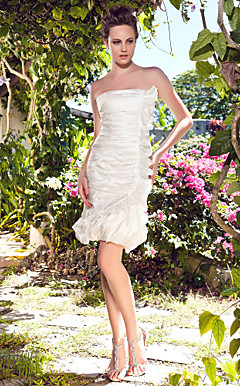 Sheath/Column Strapless Short/Mini Taffeta Wedding Dress