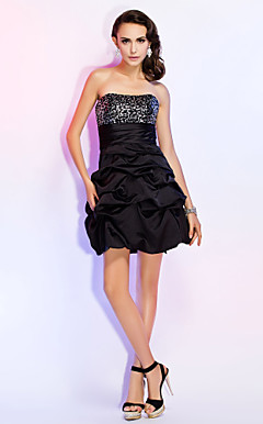 A-line Strapless Short/Mini Satin Sequins Sash/Ribbon Cocktail Dress