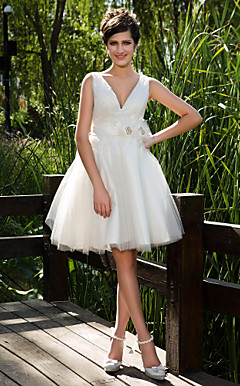 Ball Gown V-neck Knee-length Tulle Wedding Dress