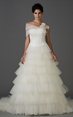 A-line Strapless Chapel Train Lace Tiered Wedding Dress With A Wrap