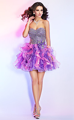 Ball Gown Sweetheart Short/Mini Organza Cocktail Dress With Ruffles And Sequins