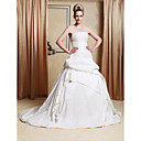 A-line/Princess Gown Strapless Chapel Train Taffeta Wedding Dress With Beaded Appliques